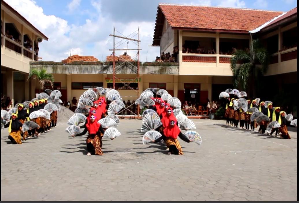 Pentas Seni dalam rangka perpisahan Mahasiswa PPL IAIN Surakarta